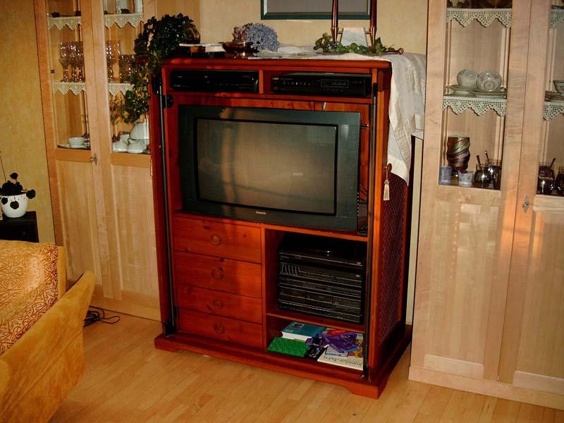 wohn und einzelm bel tischlerei hermann lampe. Black Bedroom Furniture Sets. Home Design Ideas